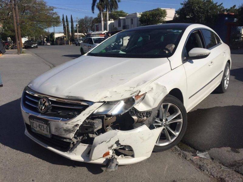 Accidente en el 13 Veracruz deja cuantiosos daños